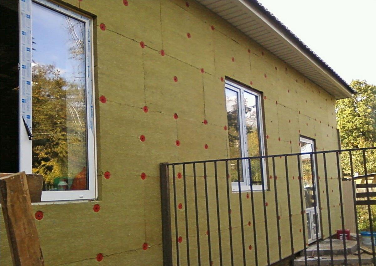 Утепление и отделка фасадов дома
